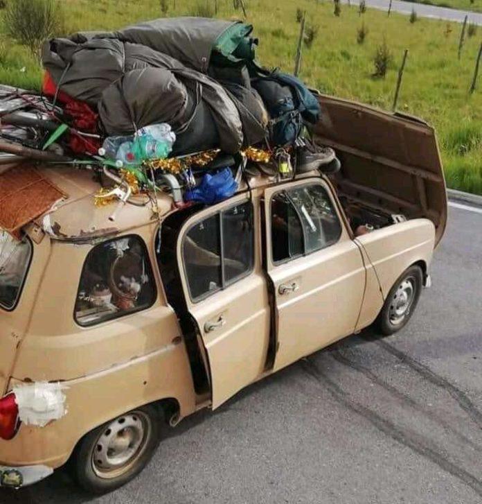 Renault 4 francese bloccata in Sicilia