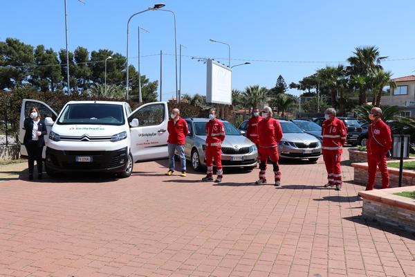 Sicily by car e Croce Rossa Italiana