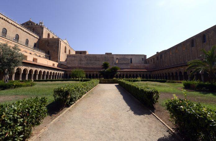 chiostro del duomo di Monreale giardino PH G.Scafidi